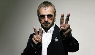 7 de Julho – 1940 – Ringo Starr, Richard Starkey, vocalista (Álbuns Solo) e baterista inglês (The Beatles).