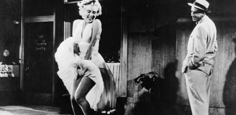1 de Junho - Marilyn Monroe durante a famosa cena do vestido voando, presente no filme The Seven Year Itch (1954).