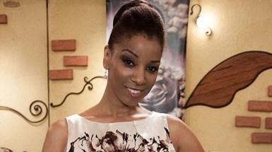 1-de-fevereiro-adriana-lessa-atriz-e-apresentadora-brasileira
