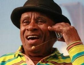 21 de Março - Canarinho, humorista brasileiro
