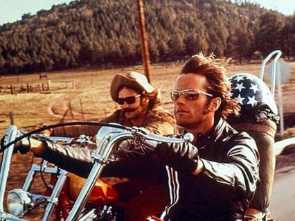 23-de-fevereiro-peter-fonda-ator-norte-americano-easy-rider-dennis-hoper
