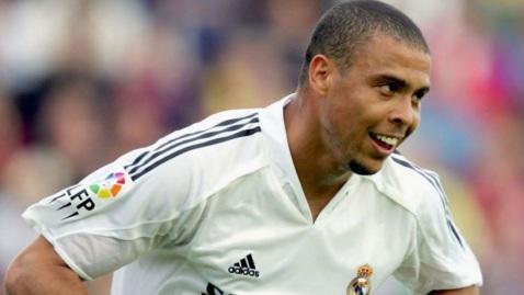 22 de Setembro – Ronaldo Nazário - Fenômeno - 1976 – 41 Anos em 2017 - Acontecimentos do Dia - Foto 12.