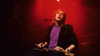 25 de Março - Jeff Healey - vocalista e guitarrista canadense