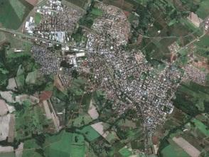 6 de maio - Tomada aérea de Mandaguari no Paraná.