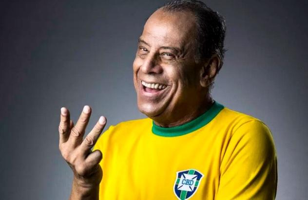 17 de Julho - Carlos Alberto Torres - 1944 – 73 Anos em 2017 - Acontecimentos do Dia - Foto 12.