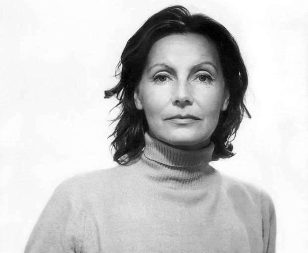18 de Setembro – Greta Garbo - 1905 – 112 Anos Anos em 2017 - Acontecimentos do Dia - Foto 18 - Em 1951, aos 46 anos, fotografada por George Hoyningen-Huene.