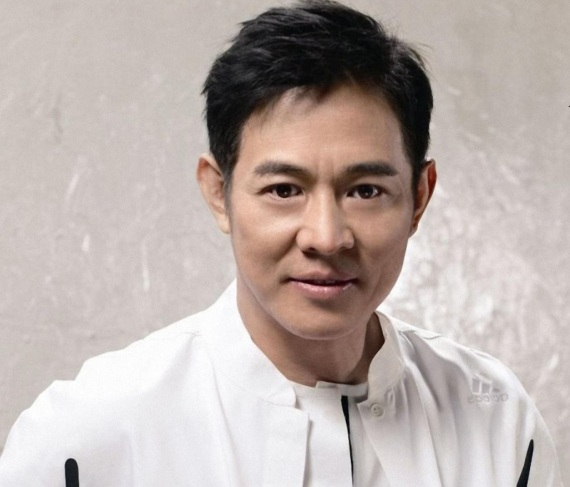 26 de Abril - 1963 — Jet Li, ator chinês.