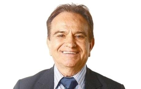 7 de Outubro - 1928 – José Messias, radialista, jurado e compositor brasileiro (m. 2015).