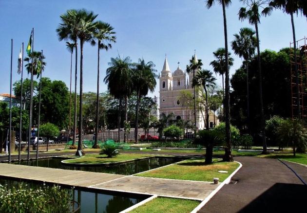 16 de Agosto – Igreja São Benedito vista dos jardins do Palácio de Karnak — Teresina (PI) — 165 Anos em 2017.