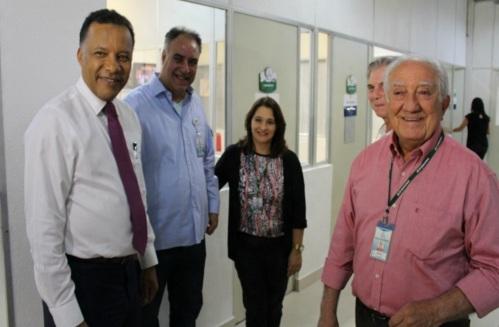 1 de Setembro – Heraldo Pereira - 1961 – 56 Anos em 2017 - Acontecimentos do Dia - Foto 15 - Debate da Rede Amazônica com os candidatos à Prefeitura de Manaus.