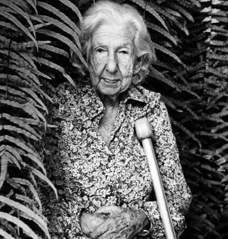 20 de Agosto – Cora Coralina - 1889 – 128 Anos em 2017 - Acontecimentos do Dia - Foto 4.