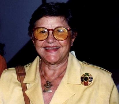 2 de Julho - Zélia Gattai, escritora, brasileira.