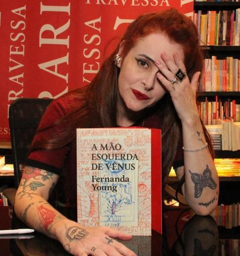 1 de Maio - 1970 - Fernanda Young, escritora, atriz, roteirista, brasileira.