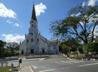 23 de Setembro – Igreja Matriz — Três Corações (MG) — 133 Anos em 2017.