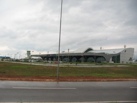 20 de Maio - O Aeroporto de Palmas, localizado nas proximidades do setor Jardim Aureny III, na região sul da cidade.