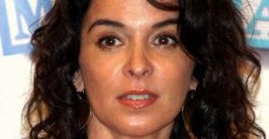 29 de Março - 1964 — Annabella Sciorra, atriz estado-unidense.