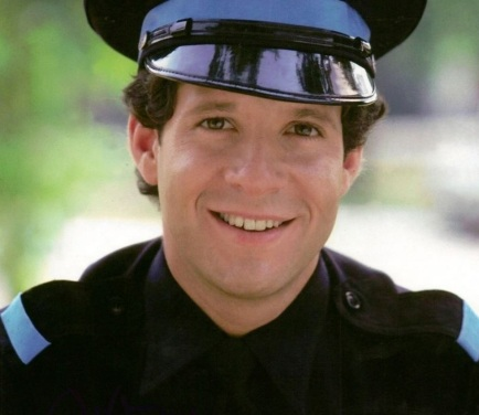 24 de Agosto — 1958 – Steve Guttenberg, ator norte-americano.