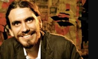 19-de-fevereiro-zeu-britto-cantor-compositor-e-ator-brasileiro