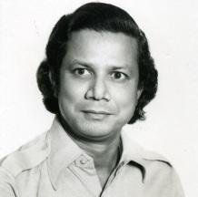 28 de Junho – Muhammad Yunus - empresário bengali (Nobel da Paz de 2008).