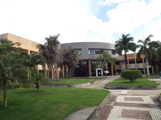 18 de Setembro – Universidade Estadual de Feira de Santana, a segunda melhor da Bahia, ficando atrás apenas da UFBA — Feira de Santana (BA) — 184 Anos em 2017.