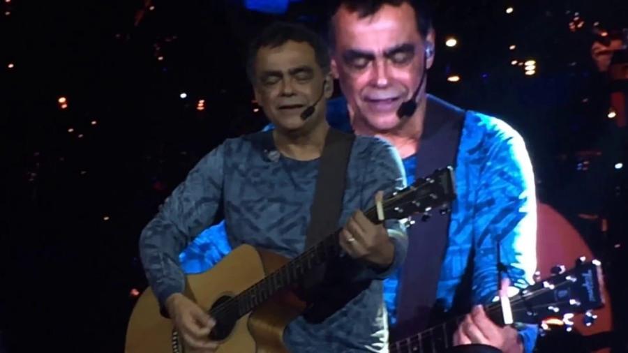 15 de junho - Nando, músico brasileiro. (Roupa Nova)