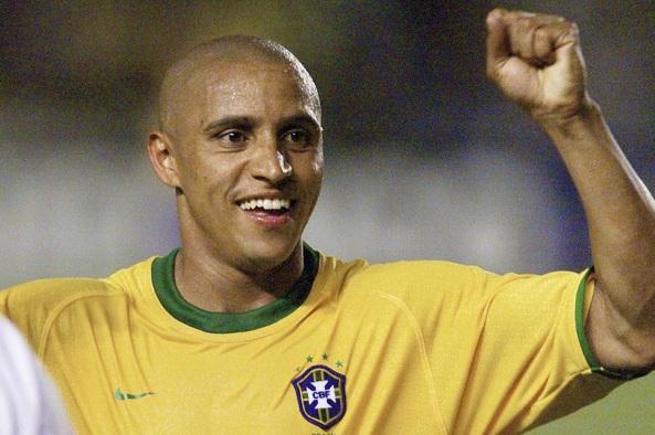 10 de Abril - 1973 — Roberto Carlos, ex-futebolista brasileiro.