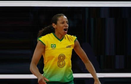 23 de Abril - 1976 – Valeska Menezes, jogadora de vôlei brasileira.