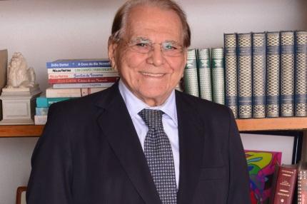 5 de Julho – 1926 – Ivo Pitanguy, cirurgião plástico brasileiro.