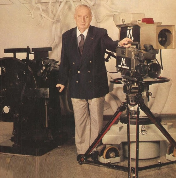 8 de Outubro - Adolpho Bloch - 1908 – 109 Anos em 2017 - Acontecimentos do Dia - Foto 2.
