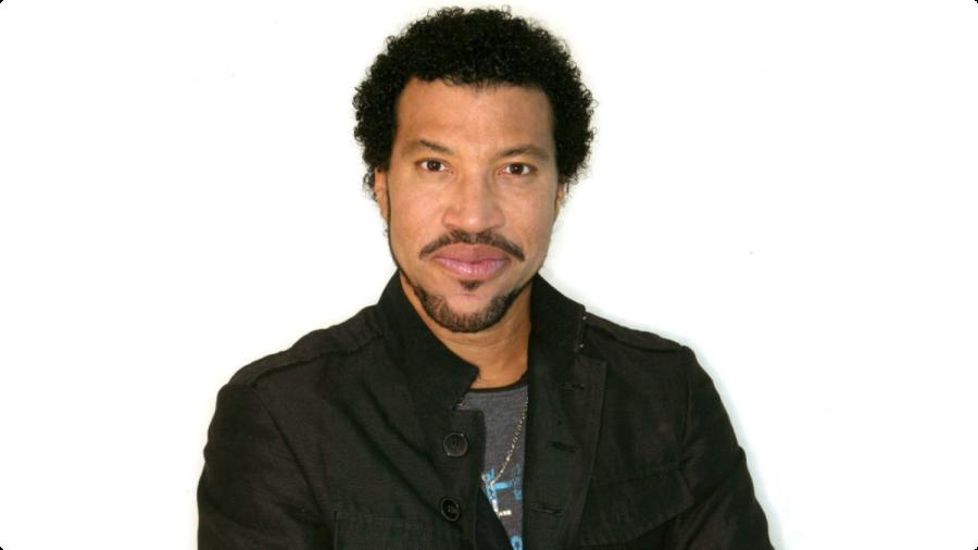 20 de junho - Lionel Richie, cantor estadunidense
