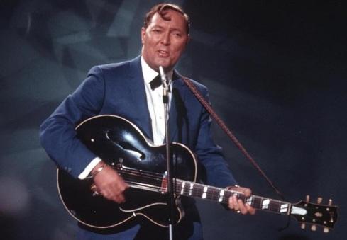 6 de Julho – 1925 - Bill Haley, músico dos Estados Unidos, líder da banda Bill Haley & His Comets (m. 1981).