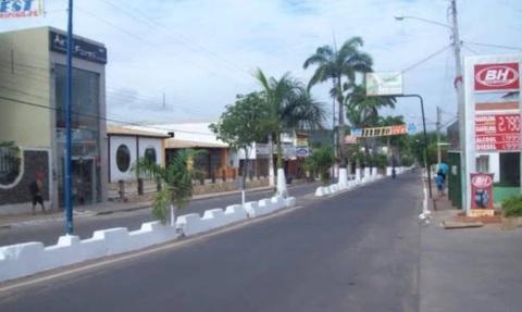 11 de Setembro – Avenida da cidade — Araripina (PE) — 89 Anos em 2017.
