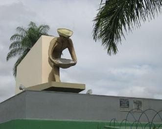 9 de Julho – Monumento aos Garimpeiros — Boa Vista (RR) — 127 Anos em 2017.
