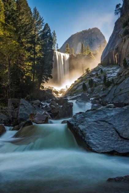1 de Outubro — 1890 — O Congresso dos Estados Unidos cria o Parque Nacional de Yosemite.