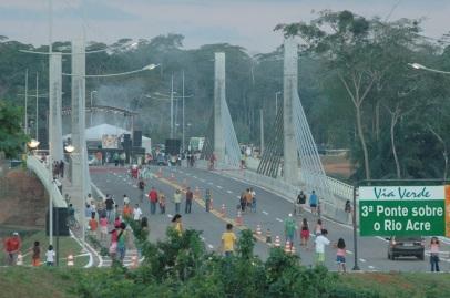 14 de Maio - Assis Brasil (AC) 41 Anos - Fronteira com o Peru - Ponte da Integração.