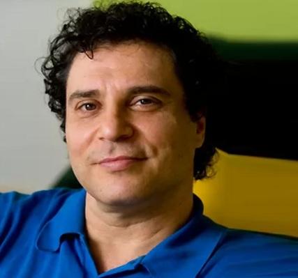 21 de Maio - 1962 – Roberto Frejat, cantor e compositor brasileiro.