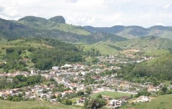 21 de Maio - Vista do alto - Tombos (MG) 165 Anos.