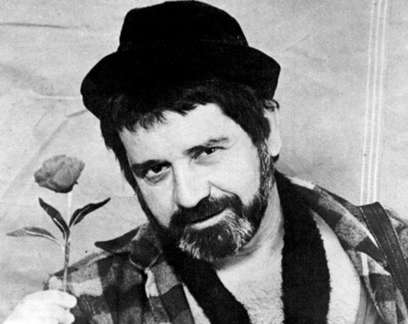29 de Setembro – 1935 – Plínio Marcos, dramaturgo, ator, escritor e jornalista brasileiro (m. 1999).