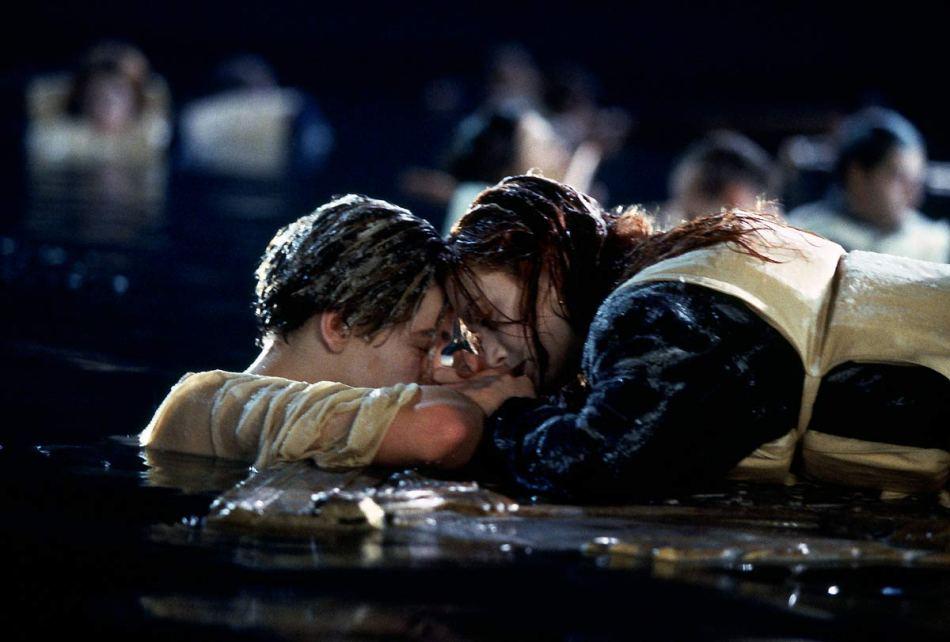 titanic-1997-leonardo-dicaprio-kate-winslet-28