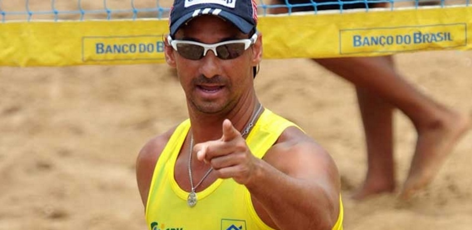 6-de-janeiro-ricardo-jogador-brasileiro-de-volei-de-praia
