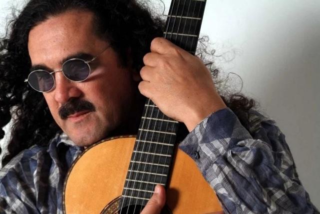 8 de Julho – Moraes Moreira, cantor e compositor, brasileiro.