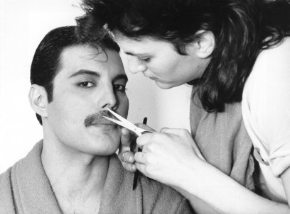5 de Setembro – Freddie Mercury - 1946 – 71 Anos em 2017 - Acontecimentos do Dia - Foto 10.