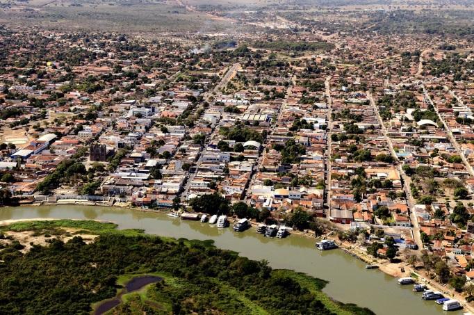 6 de Outubro - Foto aérea da cidade Princesinha do Pantanal — Cáceres (MT) — 249 Anos em 2017.