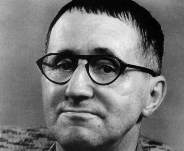 10-de-fevereiro-bertolt-brecht-dramaturgo-poeta-e-encenador-alemao