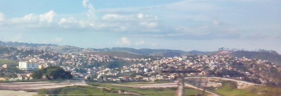 9 de Outubro - Vista parcial da cidade a partir da MG-434 — Itabira (MG) — 169 Anos em 2017.