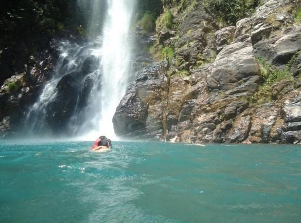 1 de Maio - Nobres (MT) - Cachoeira da Serra Azul.