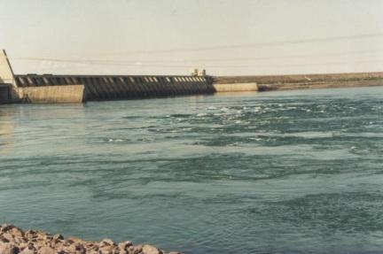 15 de Junho - Usina Hidroelétrica Eng. Sousa Dias, vista de Jupiá — Três Lagoas (MS) — 102 Anos.
