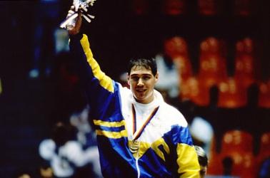 10 de Março - Aurélio Miguel, ex-judoca e político brasileiro.