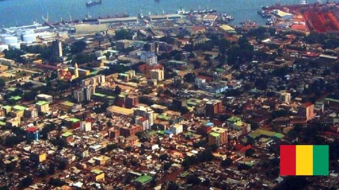 Cidade de Conacri, capital da Guiné.
