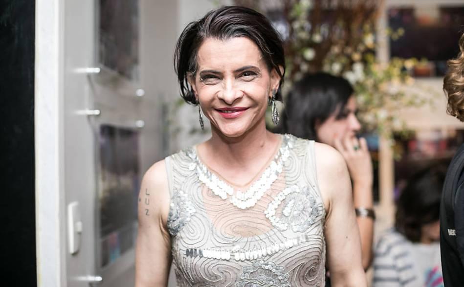 Marina Lima em show para arrecadar recursos para as vítimas da tragédia no rio Doce